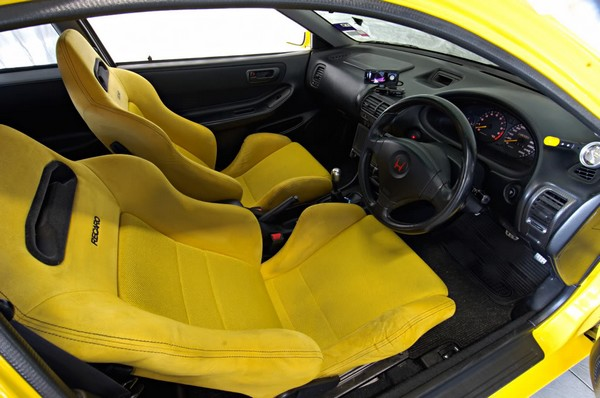 2000 Yellow Honda Integra Type-r yellow Recaro seats