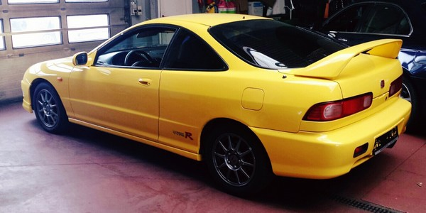 Sunburst Yellow EDM Integra Type-R