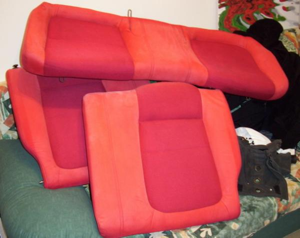 2001 Canadian Integra Type-R Red back seats