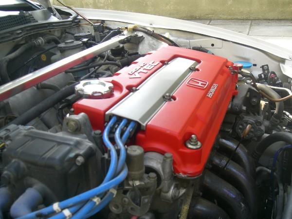 1998 EDM integra type-r engine compartment