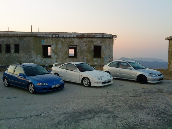 1998 EDM Integra Type-R with a couple hatchbacks