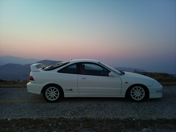 1998 EDM Integra Type-R at dusk