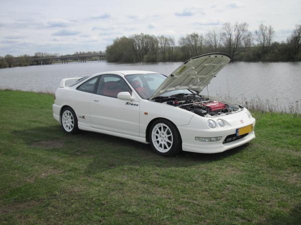 1998 EDM ITR with hood popped