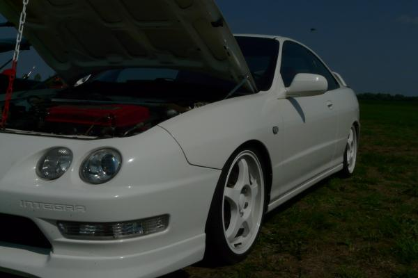 1998 EDM Integra Type-R hood popped
