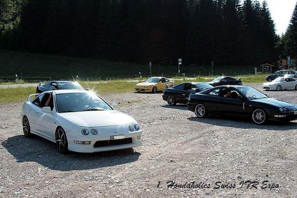 EDM Integra Type-R at Integra meet