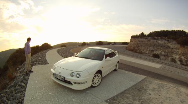 Championship White ITR at a scenic viewpoint