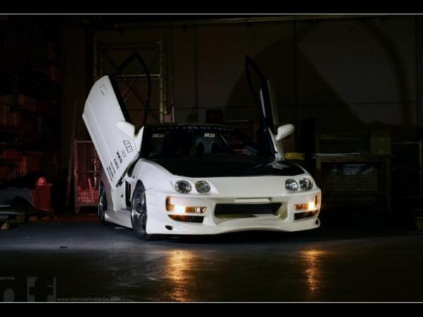 European Honda Integra TypeR with lambo doors