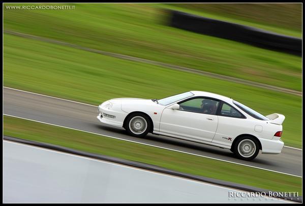 EDM Integra Type R racing