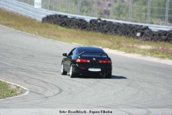EDM Integra Type-R on the track