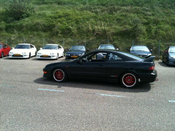 EDM Integra Type R at a Honda meet