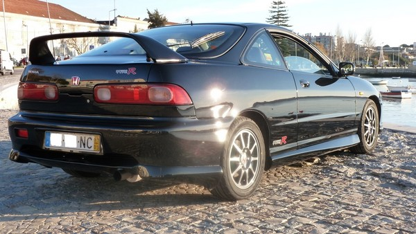 EDM Integra Type R nighthawk black pearl sun shining