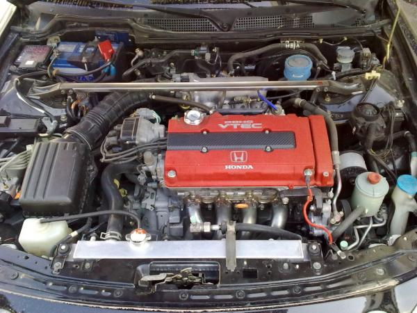 EDM Integra Type R heavily modified engine compartment