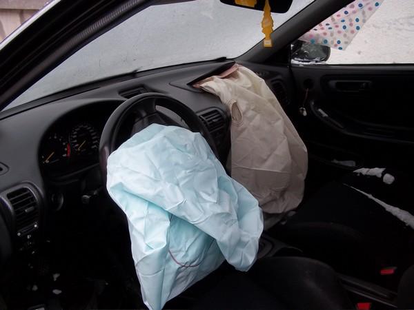 EDM Integra Type R airbags deployed