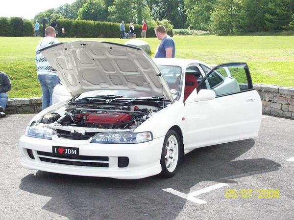 97 JDM Integra Type R hood popped doors open