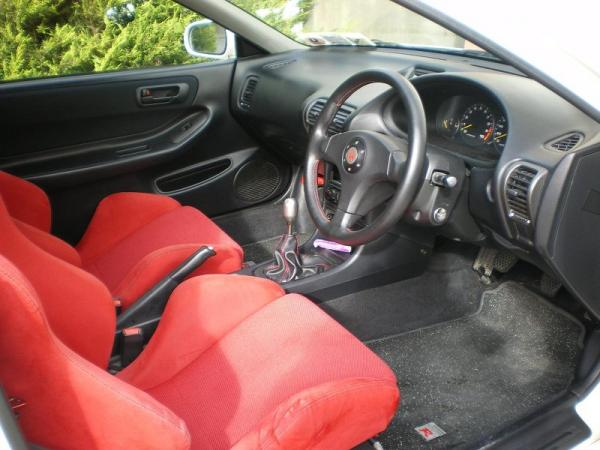 JDM 98-SpecR Interior red recaros