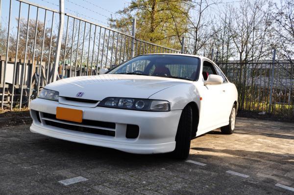 JDM 98-SpecR in championship white