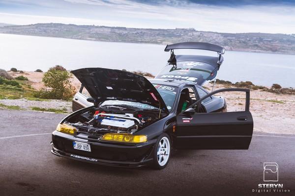 Starlight Black Pearl 1998 JDM Honda ITR hood popped