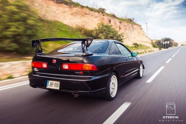 Starlight Black Pearl 1998 JDM Honda Integra Type-r tall spoiler