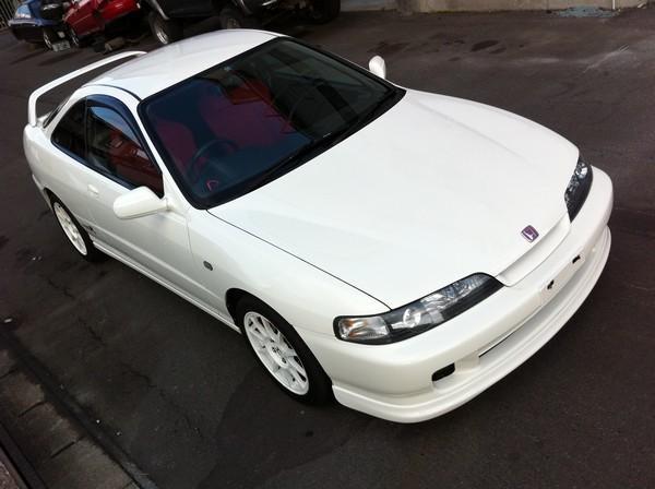 Championship White 1998 JDM Honda Integra Type-r