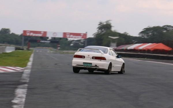 1998 JDM Honda Integra Type-R exiting a corner