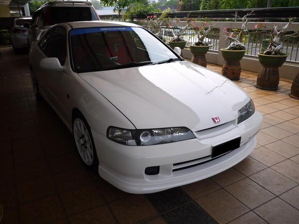 2000 JDM Honda Integra Type-Rx CW front end