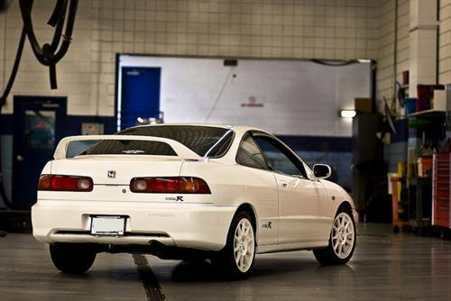 98-spec DC2 JDM Honda Integra Type-R Back End