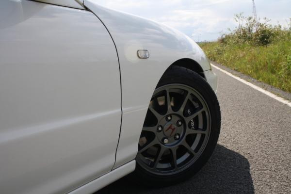 98-spec DC2 JDM Honda Integra Type-R Gunmetal Wheels