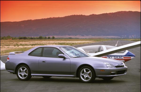 2000 Honda Prelude Type-SH Press vehicle