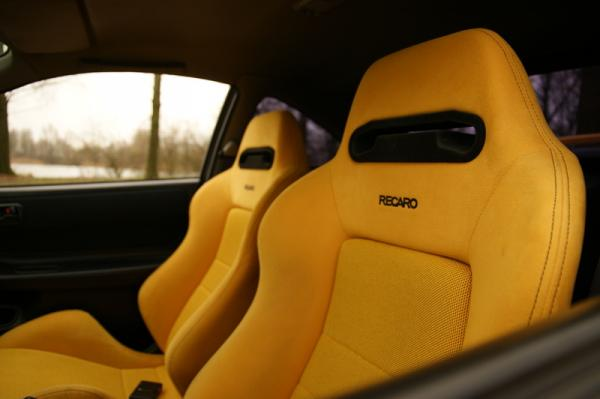 EDM yellow recaro racing seats