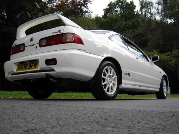 UKDM Championship White Integra Type-R Back end