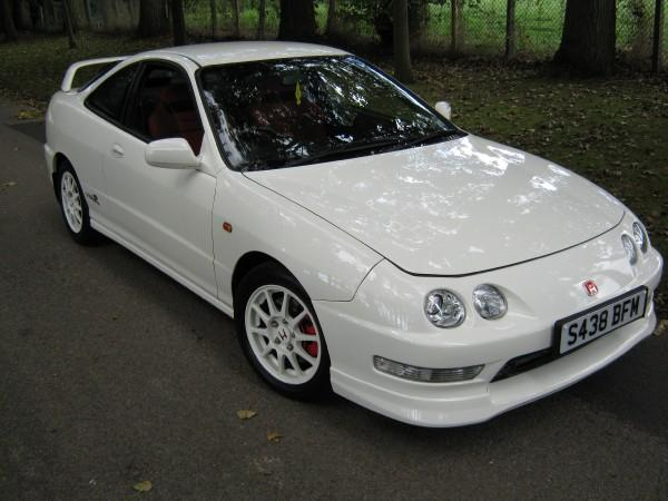 UKDM Championship White Integra Type-R front and side shot