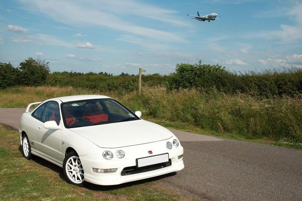UKDM Integra Type-R front right