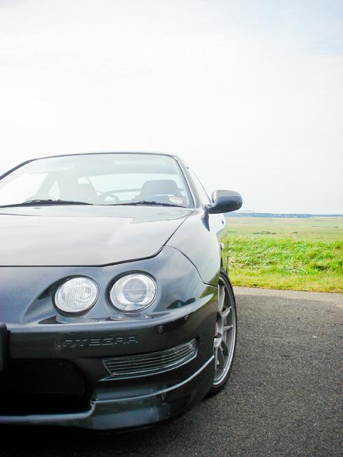 1998 Black Integra Type R front corner