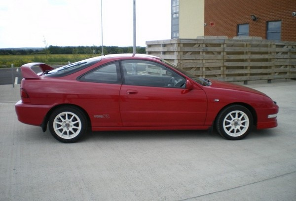 Milano Red 2000 UKDM Integra Type-R