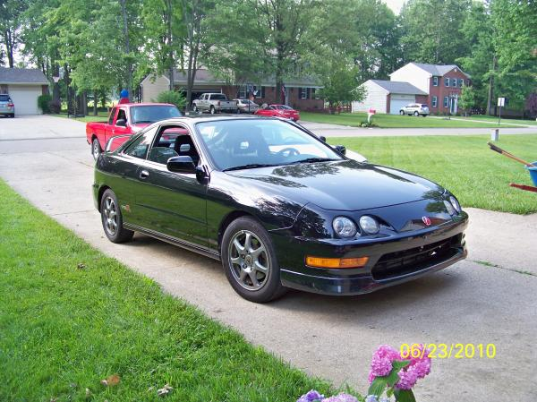 Un-modified 2000 Acura Integra Type-R usdm Front end