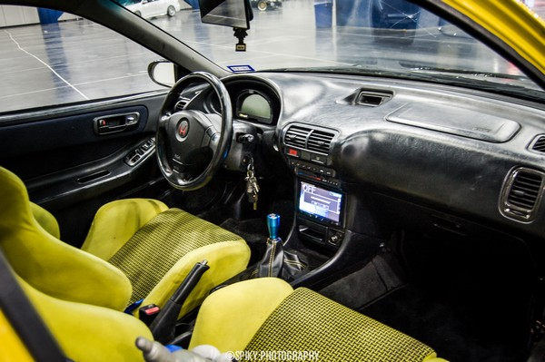Modified 2000 Acura Integra Type-R interior