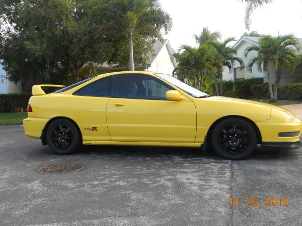 Phoenix Yellow ITR stock black rims