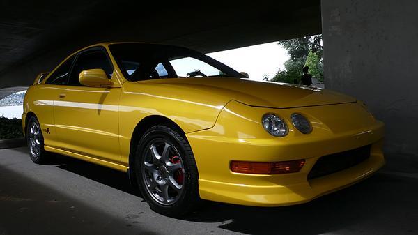 Phoenix Yellow OEM looking 2000 Integra Type-R