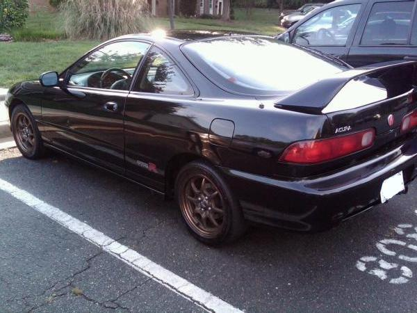 Salvaged 2000 Flamenco Black Pearl Acura Integra Type-R
