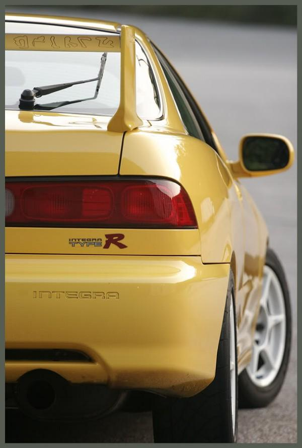 Phoenix yellow Type-r rear with Mugen wing
