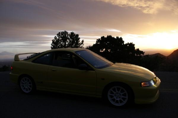 Yellow type-r at sunet