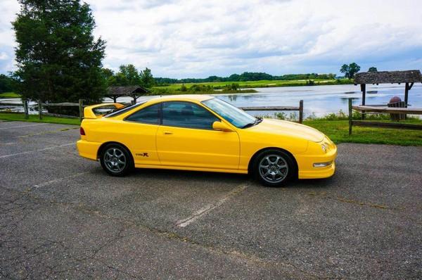 2000 Acura Integra Type-R Phoenix Yellow