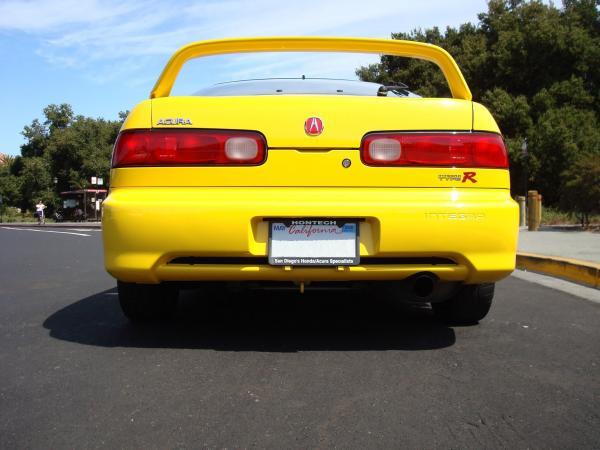 Phoenix Yellow 2000 Acura Integra Type-r butt
