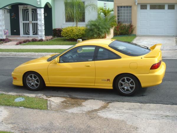 Puerto Rican Acura Integra Type-R