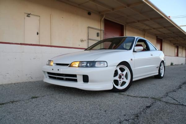 1997 USDM Acura Integra Type-R with JDM front end