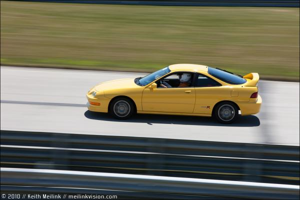 2000 Acura Integra Type R at the track