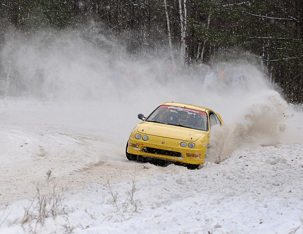 Phoenix Yellow 2000 Acura Integra Type-r snow drifting