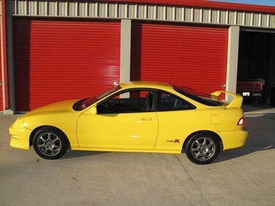 All original 2000 phoenix yellow ITR