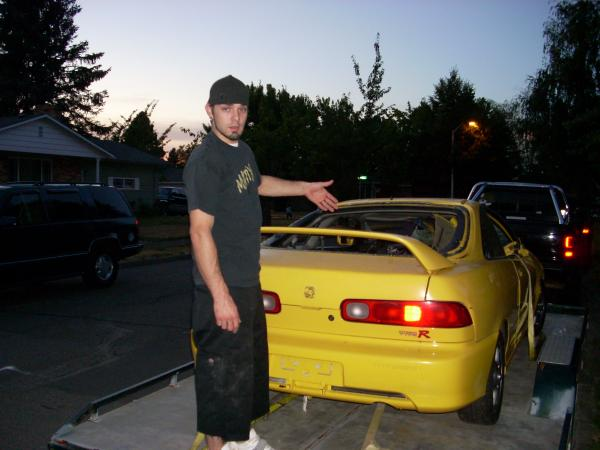 2000 Phoenix Yellow ITR on a trailer