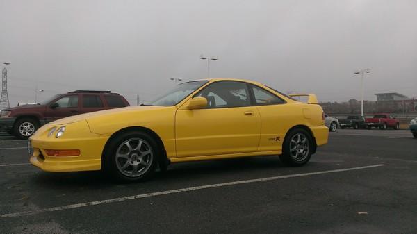 2001 Integra Type R Phoenix Yellow gloomy day